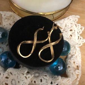 Jewelry - Infinity 18K Gold Earrings